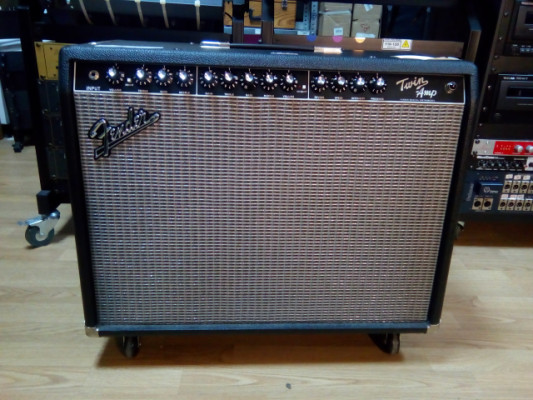 FENDER TWIN AMP USA