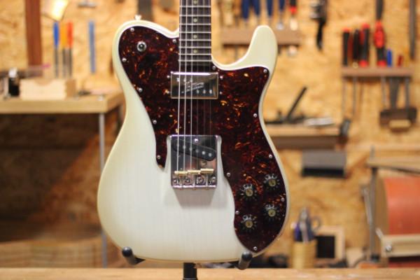 Parreño Guitars - Telecaster 72 Butterscotch Gold Burst - // RESERVADA