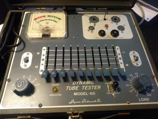 Tester de Válvulas - Model 85 de Superior Instrument Co.