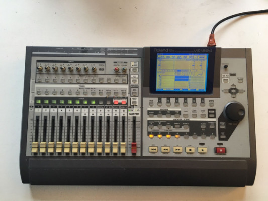 Roland VS1824