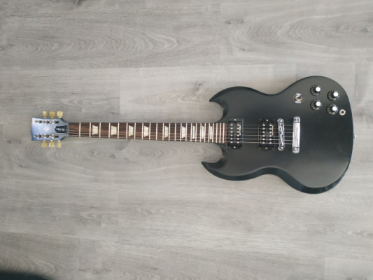 GIBSON SG TRIBUTE 70