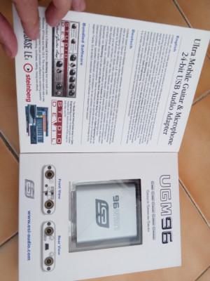 ESI UGM96 Ulta Mobile Guitar Microphone Adaptador de audio USB