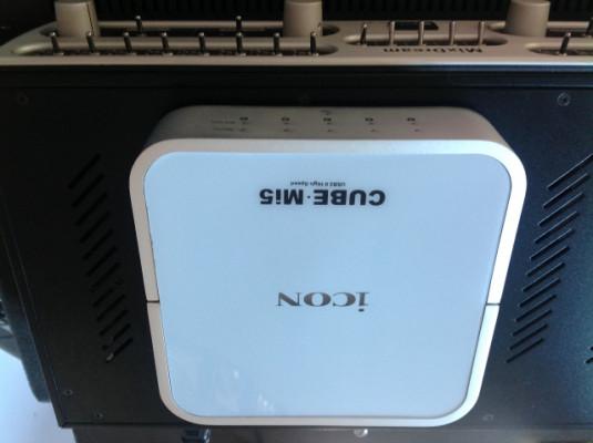 Icon Cube Mi5 USB/MIDI interfaz 5x MIDI in + 5x MIDI out (80 canales)