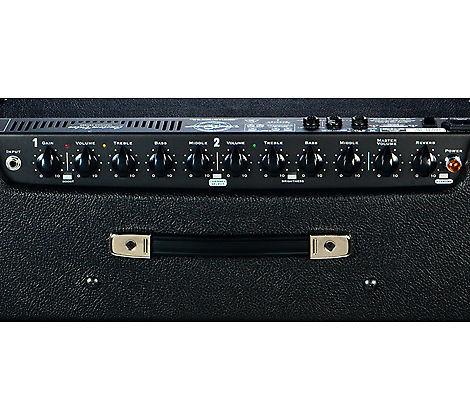 VENDO o CAMBIO Traynor YCV50B (X Ampli o Guitarra Acústica)