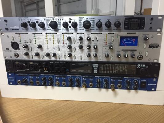 VARIOS: Voicemaster pro, motu 828mkII y M350