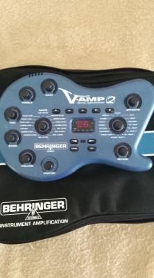 Reservado. Previo multiefectos Behringer V-Amp 2