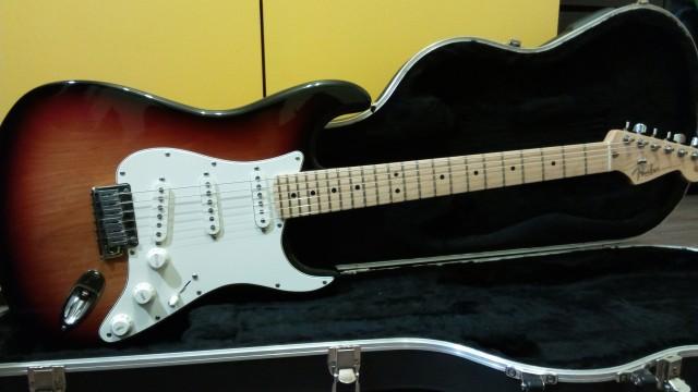 VENDO Fender Stratocaster American Standard (2007) Mint Condition