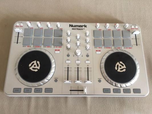 Numark Mixtrack 2 como nueva