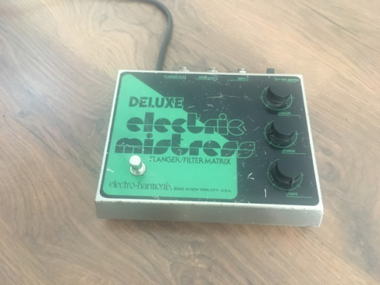 Electric Mistress Deluxe. RESERVADO