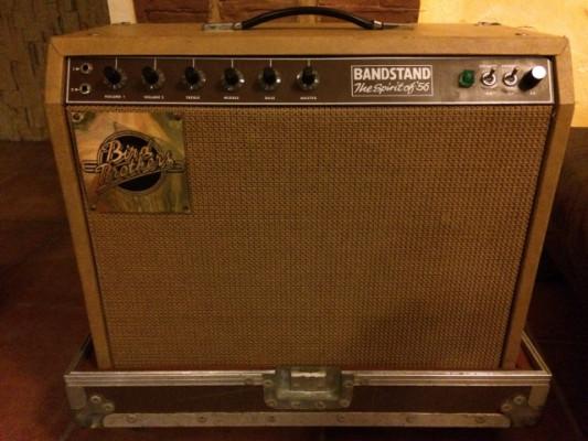 O cambio por guitarra corte clásico Bird Brothers 100w 1970