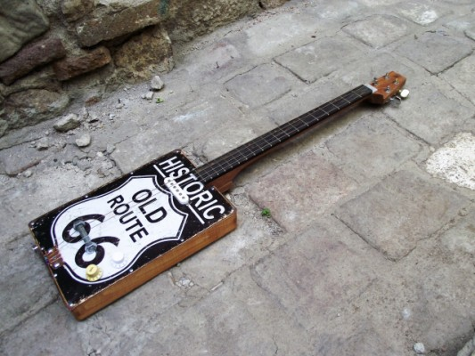 Historic Old Rute Tin Top Handmade Box Guitar