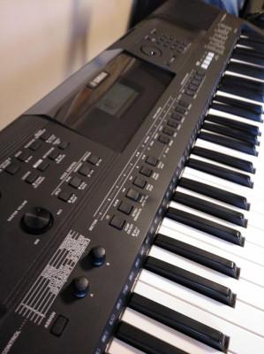 Yamaha PSR-EW400