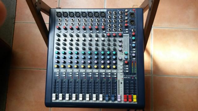 Mesa Soundcraft MFXi 8