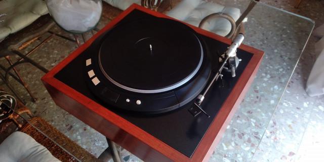 tocadiscos plato hifi de la mítica marca Denon Dp 80