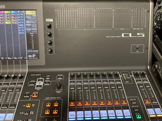 Yamaha CL5, superficie de control c/flightcase