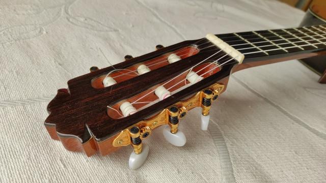 Guitarra clásica Amalio Burguet 2M