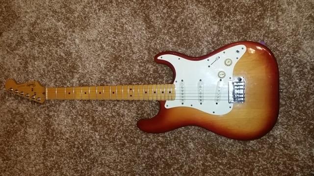 Fender Stratocaster USA 1983 Two Knobs Dan Smith era Fullerton