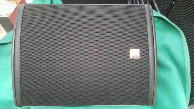 altavoces L'acoustics 112P