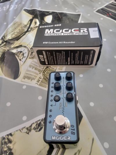 Vendo pedal Mooer micro Preamp 018 REBAJA