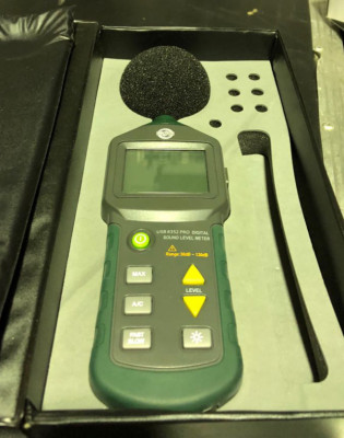 Medidor acústico Sonómetro - Decibel Meter USB 8352