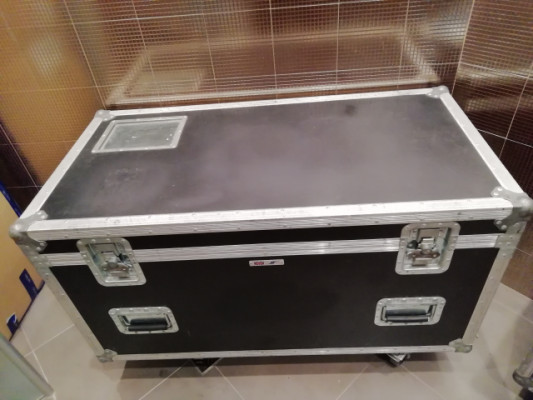 Flight Case con ruedas