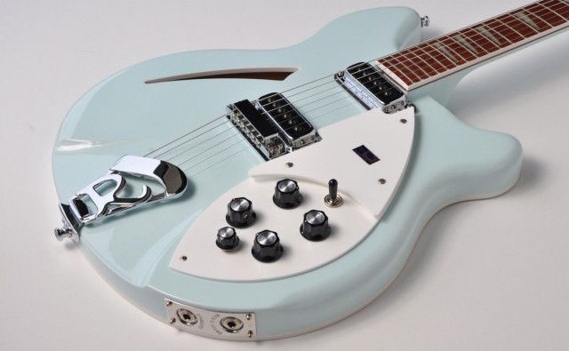 """Rickenbacker 360 Blue Boy """"Color of the Year"""" 2004"""