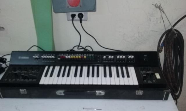 YAMAHA SY-2 1976 Sintetizador Analogico