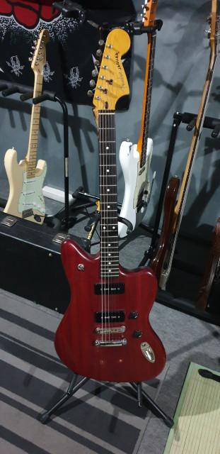 Fender Modern Player Jaguar