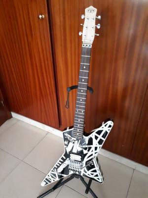 Fender EVH Striped Star última rebaja