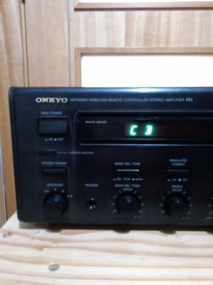 ONKYO A - RV 401 AMPLIFICADOR