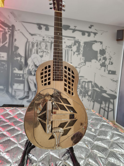 Dobro Johnson JM-999-4
