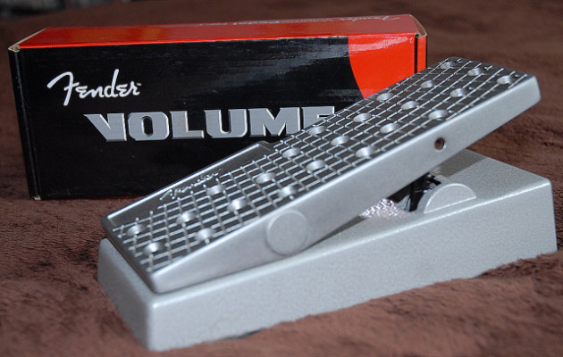 Fender FVP1, pedal de volumen