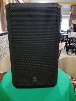 Mesa de mezclas Allen&Heath-Altavoces Electro Voice