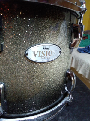 Tom Maple Pearl Vision 12 x 9