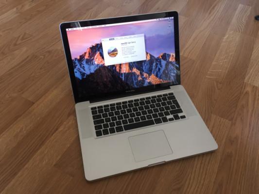 "Macbook Pro 15"" Core i7 2,66 Mid 2010.  2Discos Duros"
