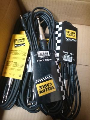 Cable de 3 metros de longitud. Mini jack stereo macho a jack mono macho