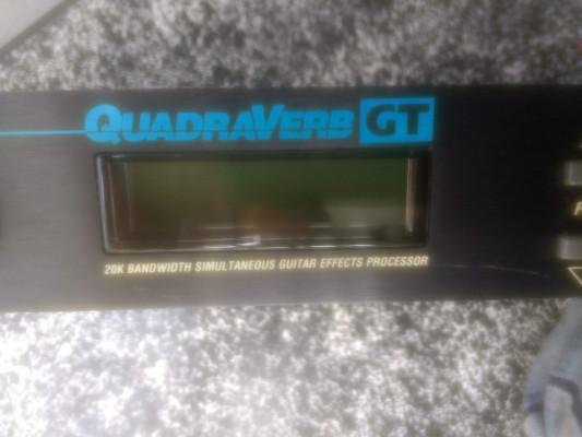 Alesis Quadraverb GT + Pedales MIDI Roland: Expresion EV5 y ZOOM 8050 (1992)