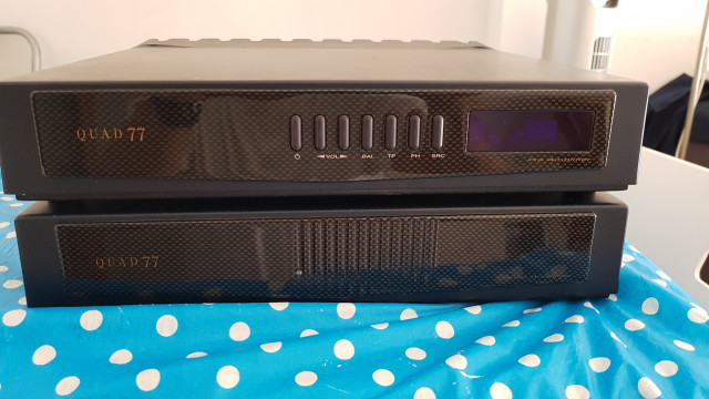 QUAD 77 previo y etapa de potencia de audio para audiofilos
