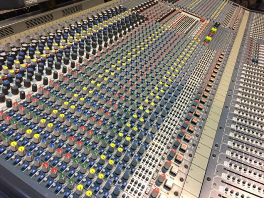Mesa de sonido Midas XL3