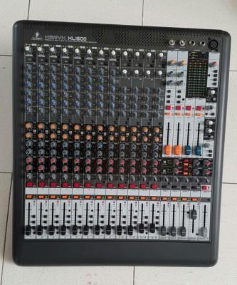 Mesa Behringer Xenyx XL1600 NUEVA + Multiefectos