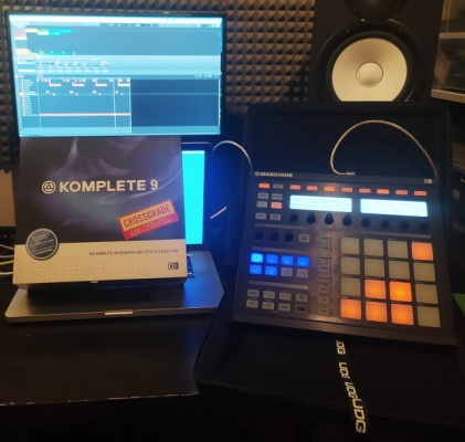 Native Instruments Maschine + Komplete + UDG