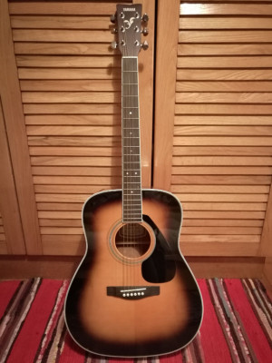 Guitarra acústica YAMAHA FG-423S TBS