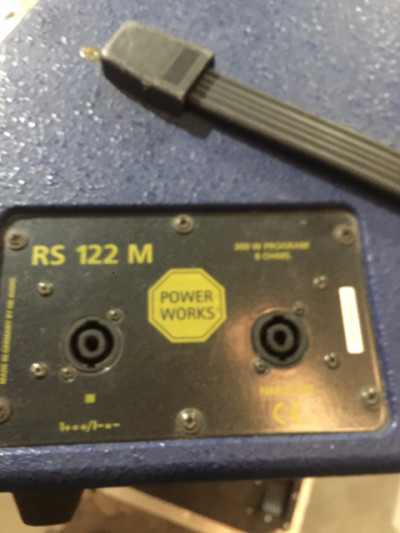 Monitores HK RS 122M POWER WORKS