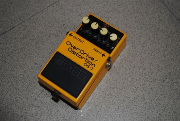 Boss OS-2 (Overdrive y Distorsion)