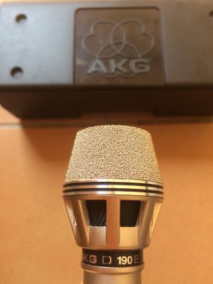 Micrófono AKG