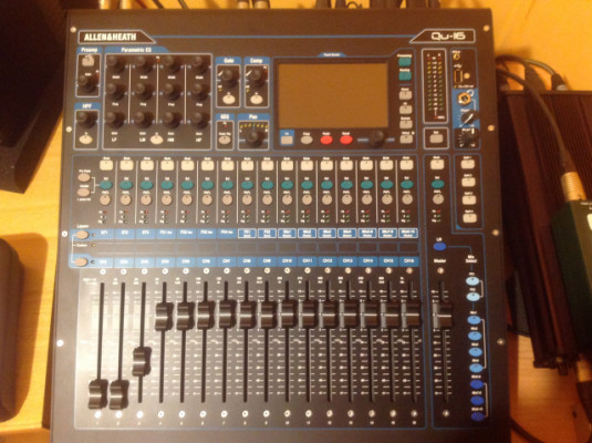 Mesa Allen Heath Q.16 impecable