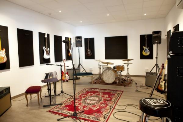 Local y sala de ensayo o estudiar 40m2 en Poblenou, Marina