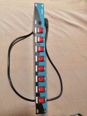 Distribuidor corriente 8 canales