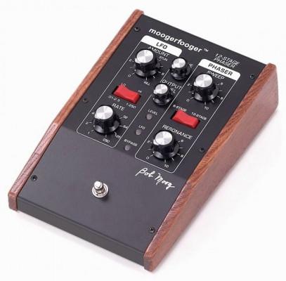 Moog MF-103 Stage Phaser
