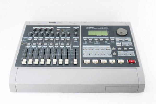 Grabadora digital Mesa mezclas Roland VS-880 FX